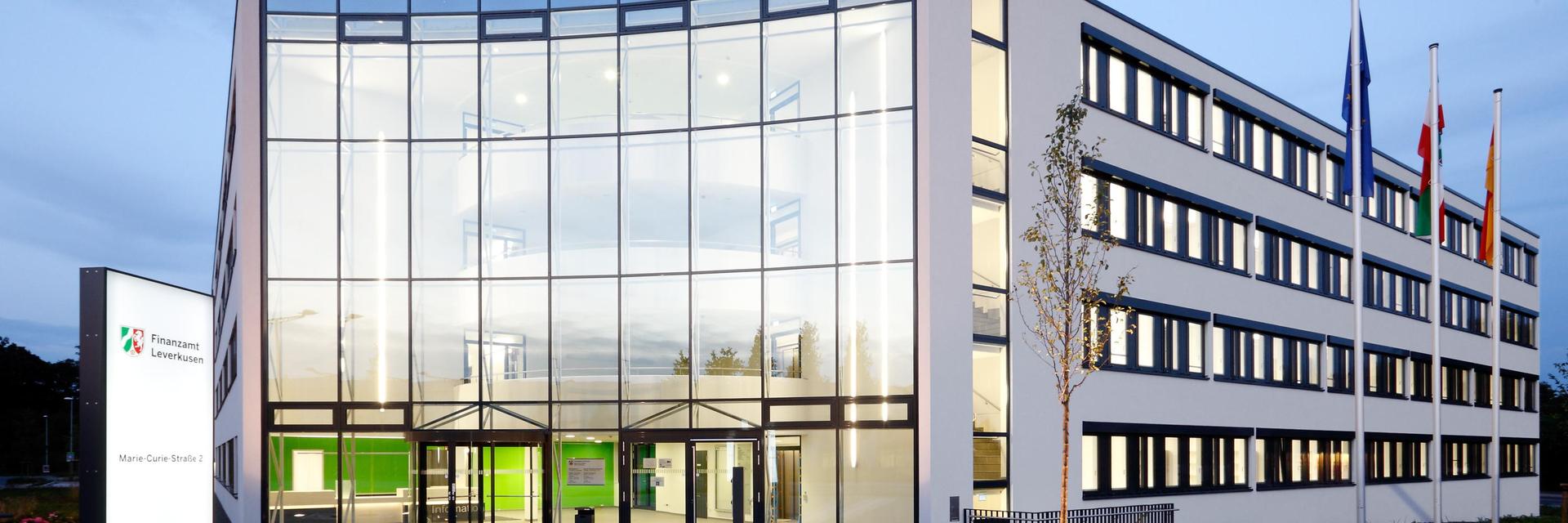 Finanzamt Leverkusen - Außenansicht